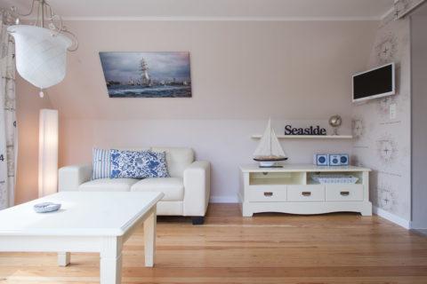 Flach-TV im Wohnzimmer