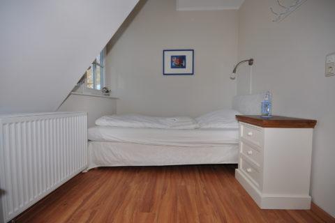 2. Schlafzimmer im 1. Obergeschoß